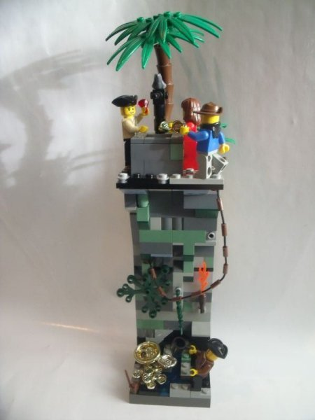 Click here to go to Captain Blackmoor's MOC/entry of PTV II