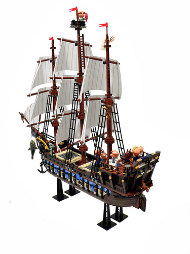 Baron von Piggenstein's ship by .eti
