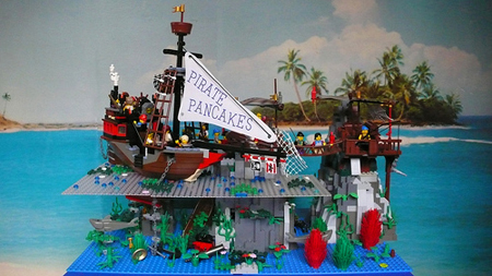 Click to discuss Pirate Pancakes a PTVII Moc by Stanley Kbrick in the Classic-Pirate.com forums