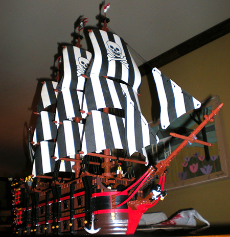 A 20 cannon monster ship!