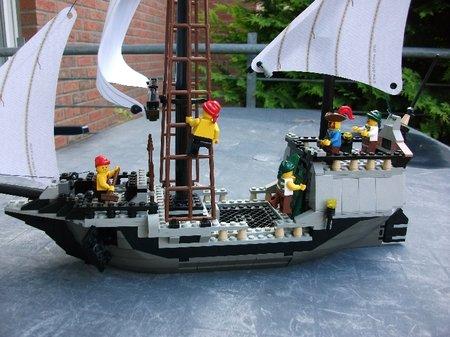 The Phoenician tradeship
