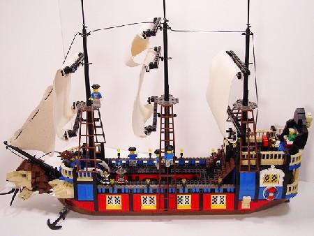 Prince Egbert's Pleasure Yacht, a Lego ship built by Hinckley