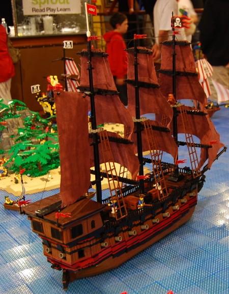Death's Breath, a custom LEGO pirate ship by Dr Rod