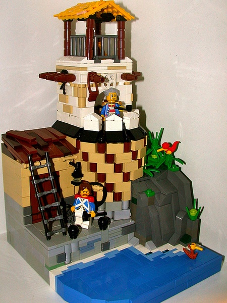 Somewhere in the Caribbean... there's a LEGO pirate fort built by pif500