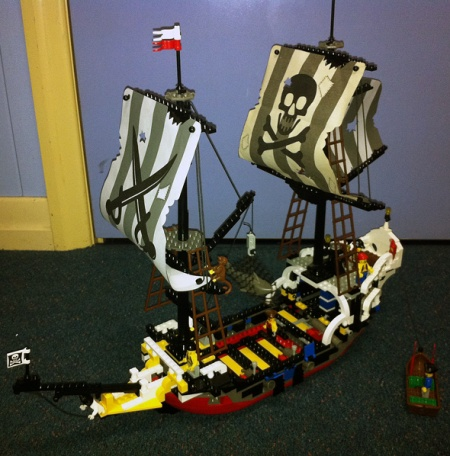 6289 Red Beard Runner - a LEGO Pirates set reviewed by Bricverson