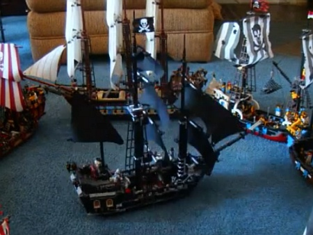 Building of 4184 Black Pearl - a stop-motion video by yys4u