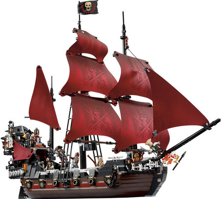 Stop motion video of building 4195 Queen Anne's Revenge - by yys4u