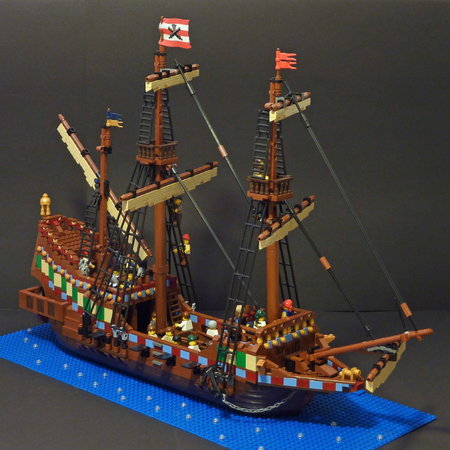LEGO Pirate Golden Hinde MOC by t-brick