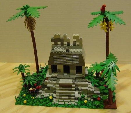 Ruins of Palenque, a Mayan-inspired LEGO MOC by Capt. Stabbin