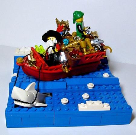 The Sea Sleigh Of Captain Claus, a Pirate LEGO MOC by Azaghal Gabilzaramul