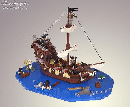 LEGO Pirate Sea has Spoken MOC gearcs