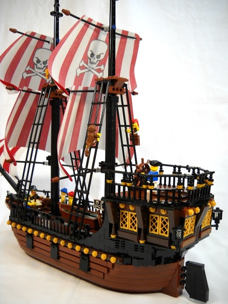 La semillante, a LEGO pirate ship by Peter de Yeule